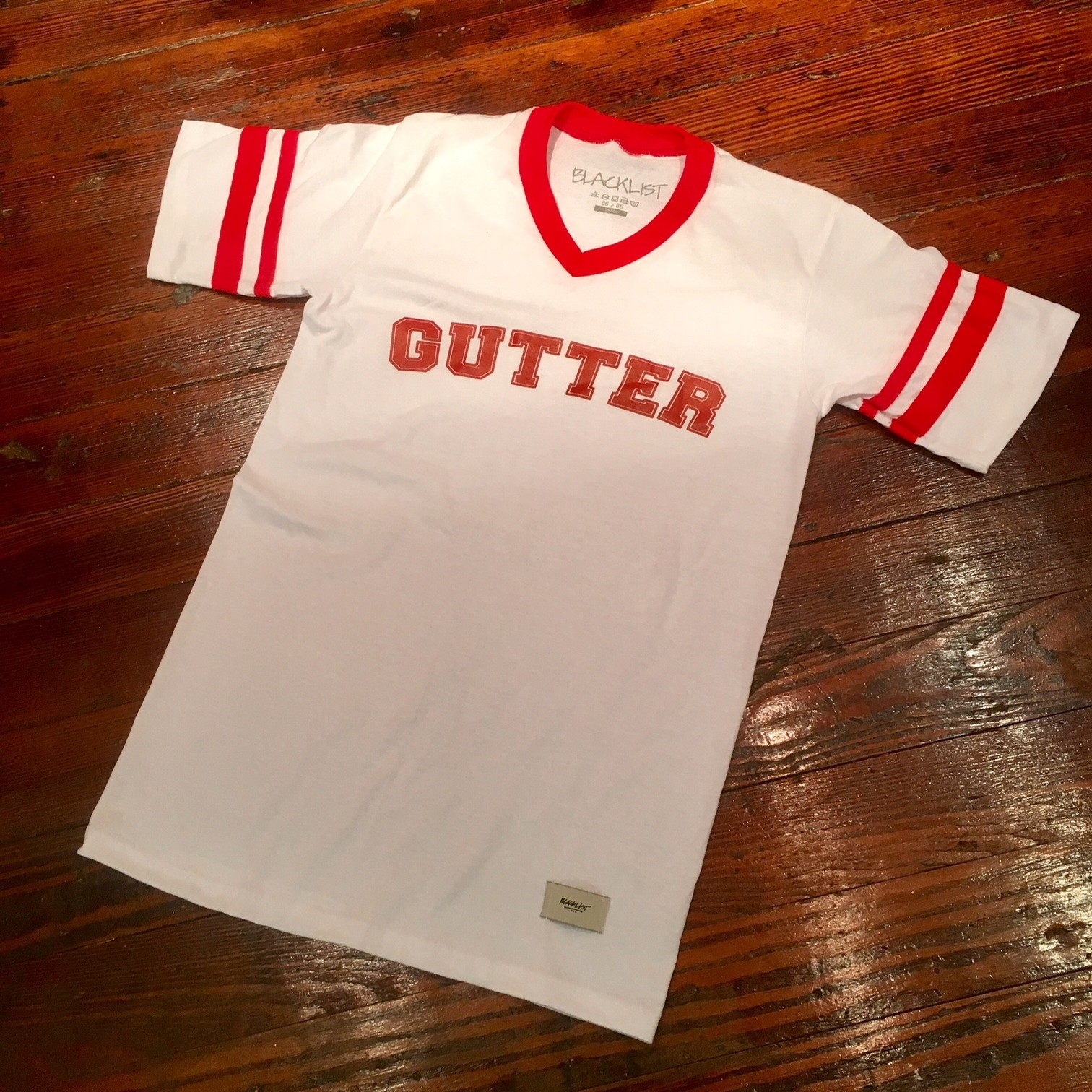 GUTTER TEE (WHITE/RED)