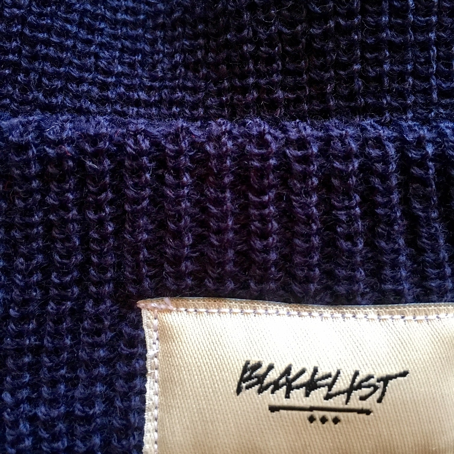 3 DOT BEANIE LOOSE KNIT (NAVY)