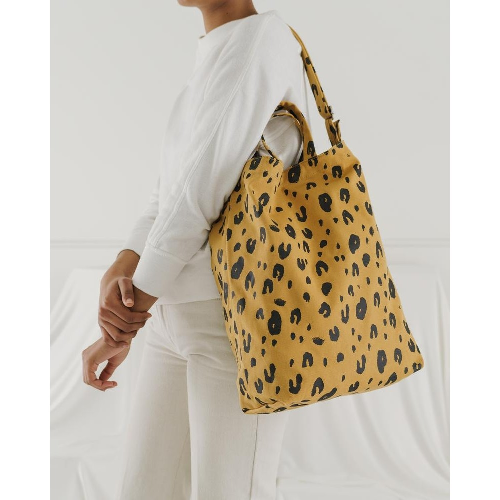Duck Bag (Leopard)