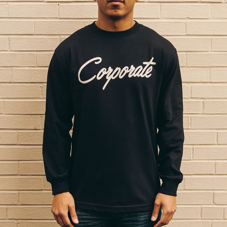 Corporate Script L/S (black)