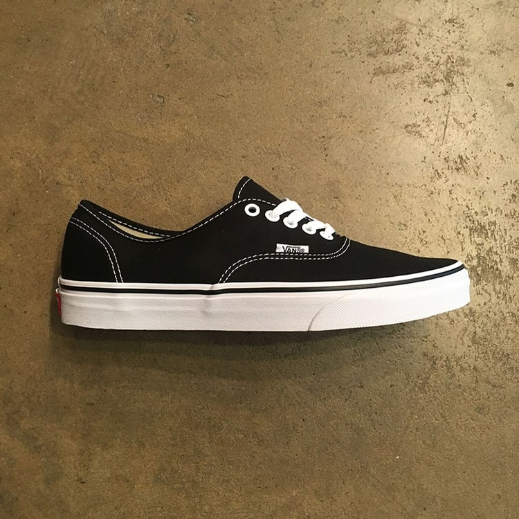 Vans Authentic (Black Canvas)