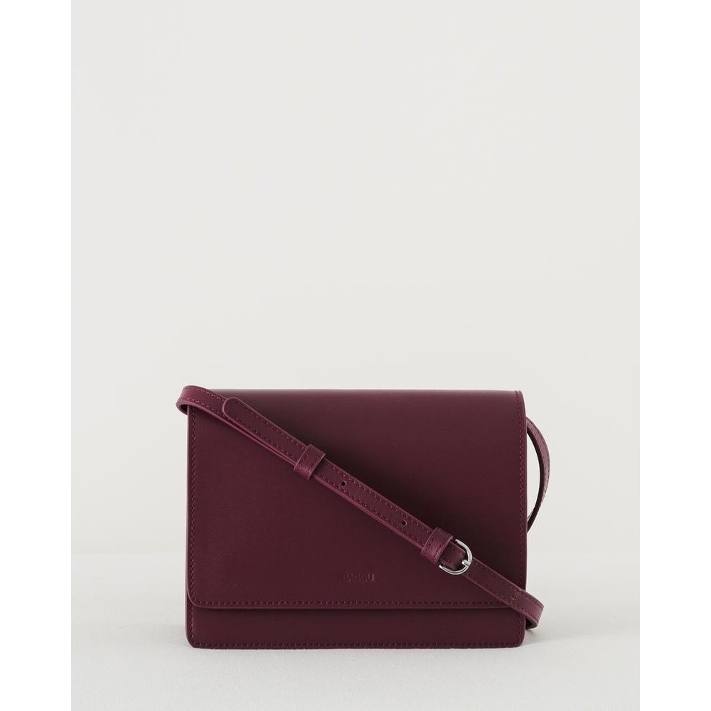 Small Structured Crossbody: Cranberry