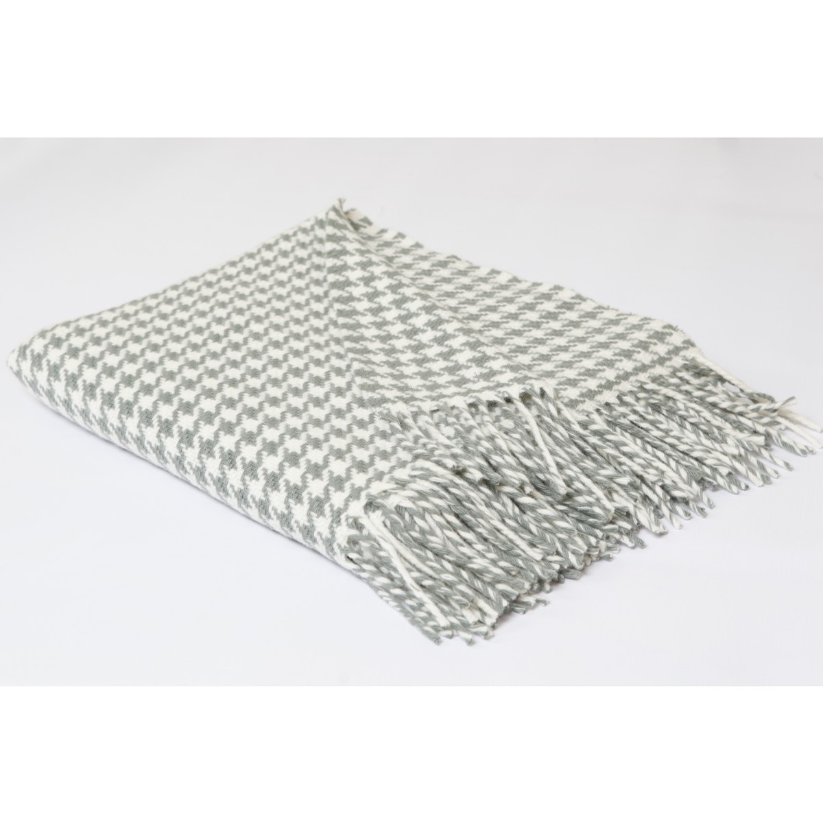 Houndstooth Irish Throw