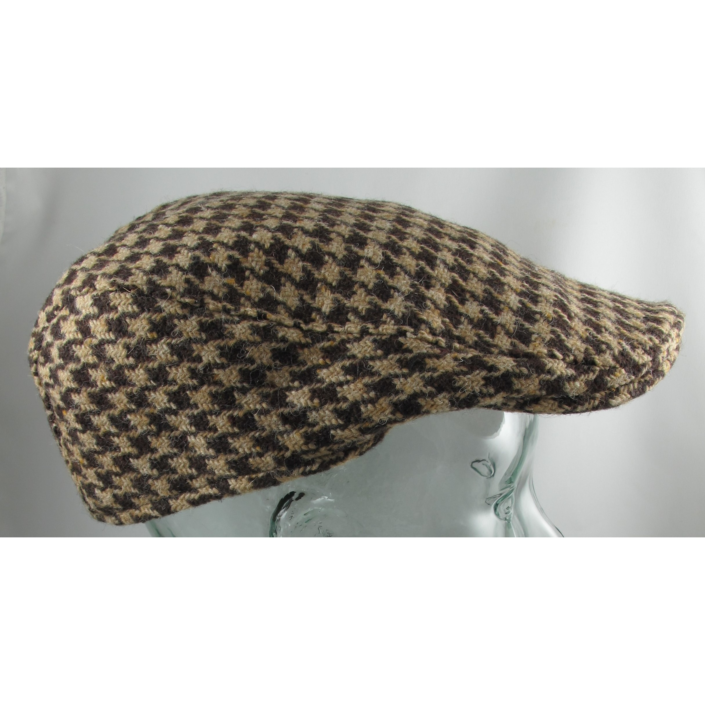 Hanna Hats Brown and Tan Check Touring Cap Clothing Caps Hats at ... 02d93c9143b