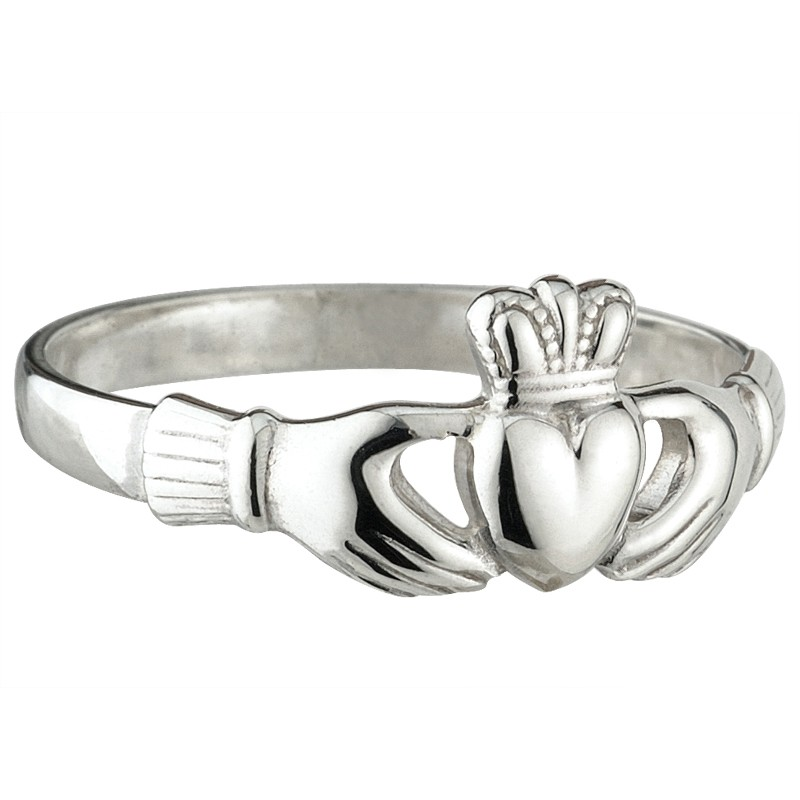 Solvar Jewelry Claddagh Ring
