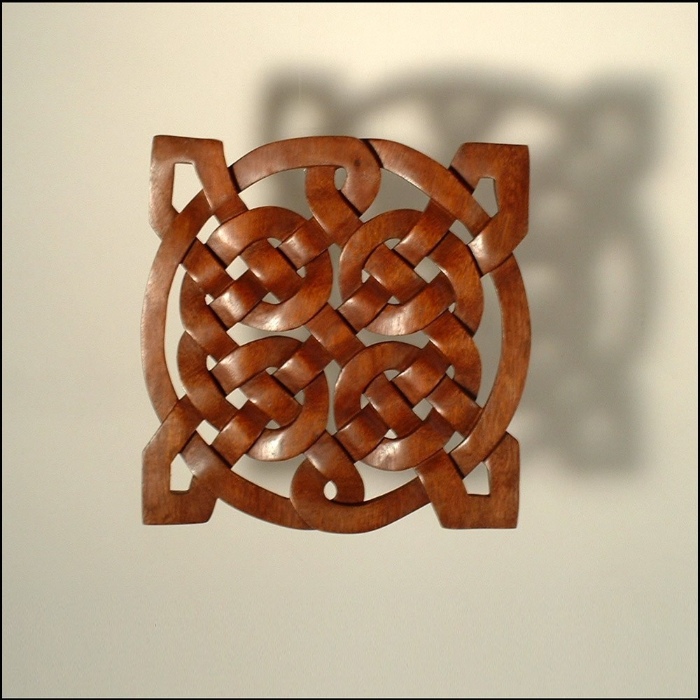 Celtic Sailor's Knot Mahogany Woodcarving.