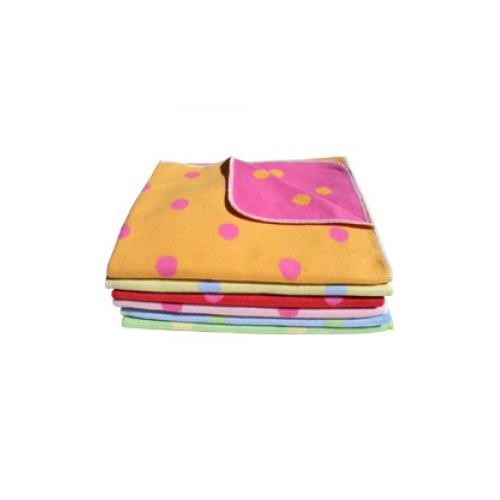 Little Dane/David Fussenegger Reversible Fleece Blanket: Dots