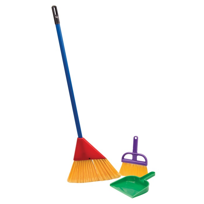Schylling Broom Set