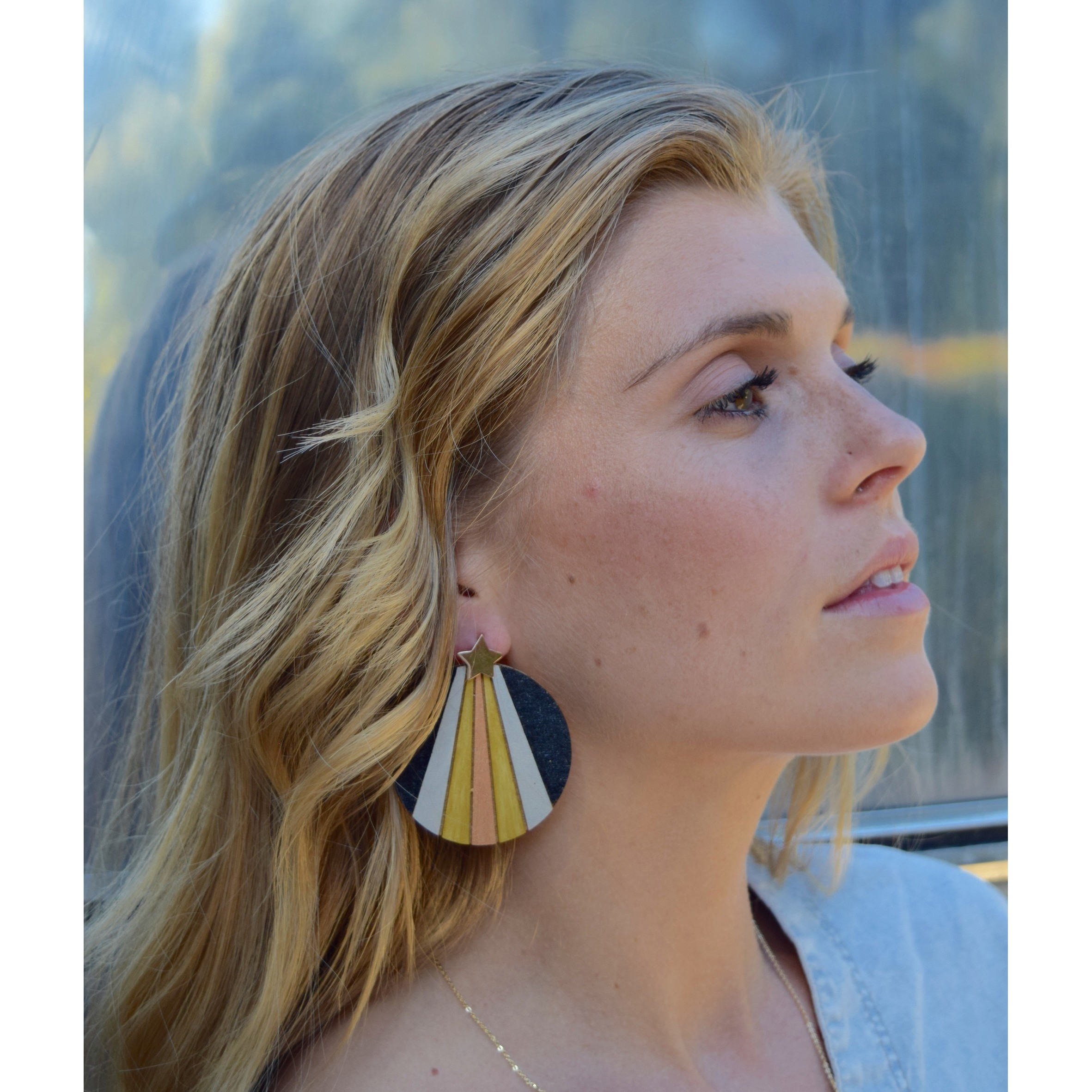 Luminate Earrings - Black Metallic