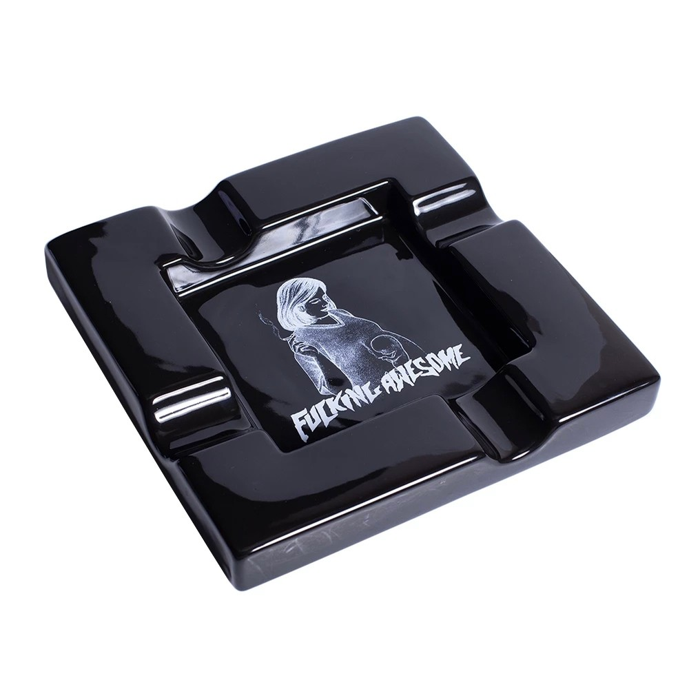Pregnant Ashtray (Black)