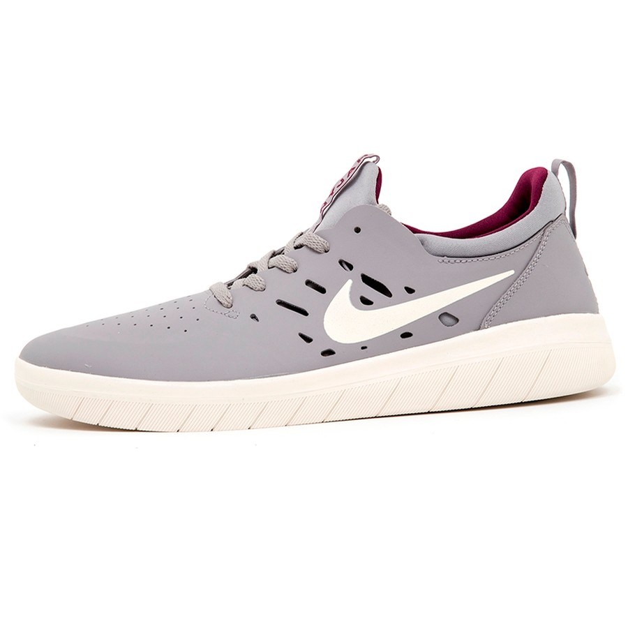Nyjah Free (Atmosphere Grey / Pale Ivory)