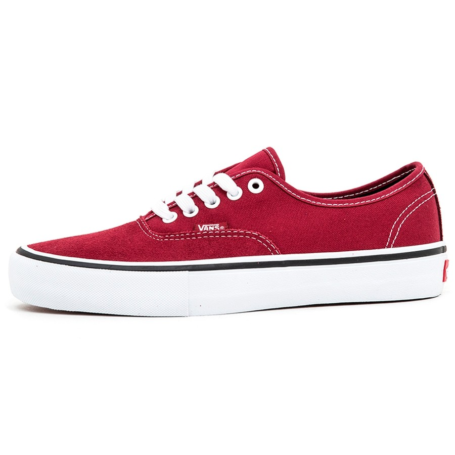 Authentic Pro (Rumba Red / Port Royale) VBU
