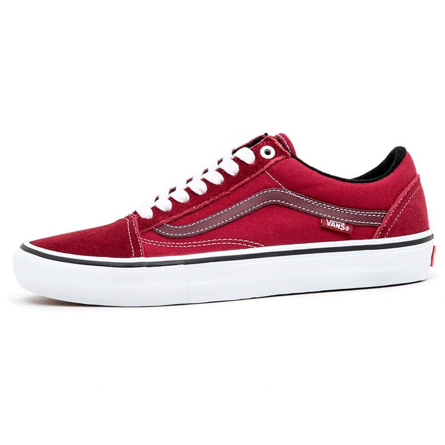 Old Skool Pro (Rumba Red / True White) VBU
