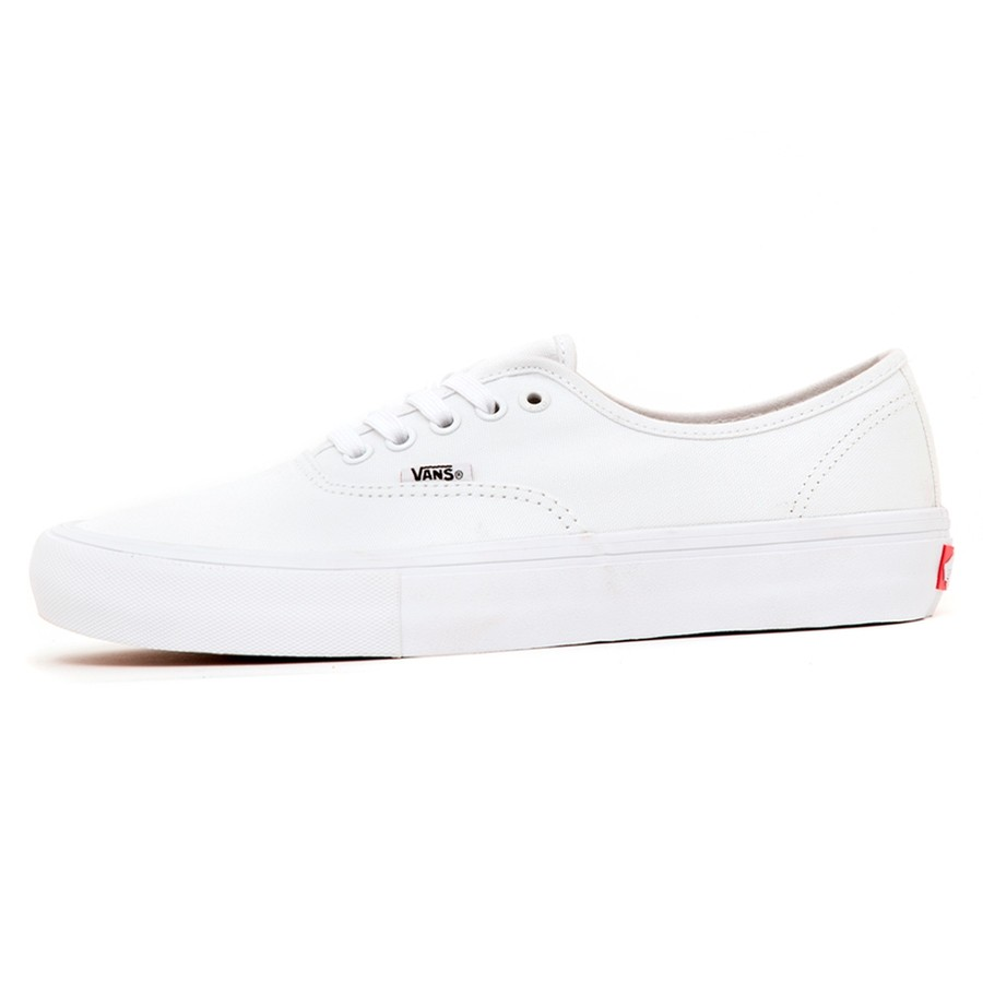 Authentic Pro (True White / True White) VBU