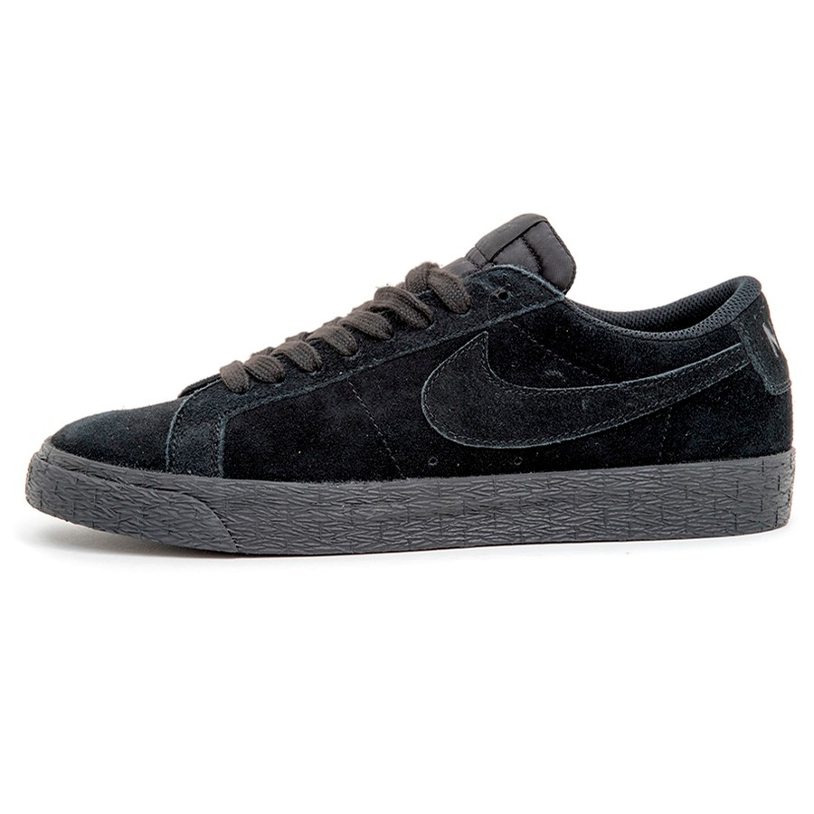 SB Zoom Blazer Low (Black / Black-Gunsmoke) (S)