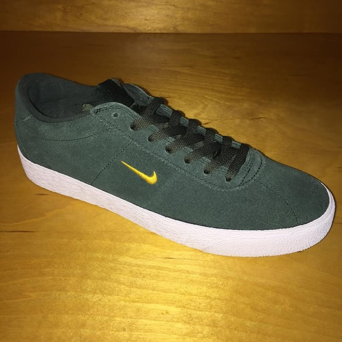 Zoom Bruin (Midnight Green)