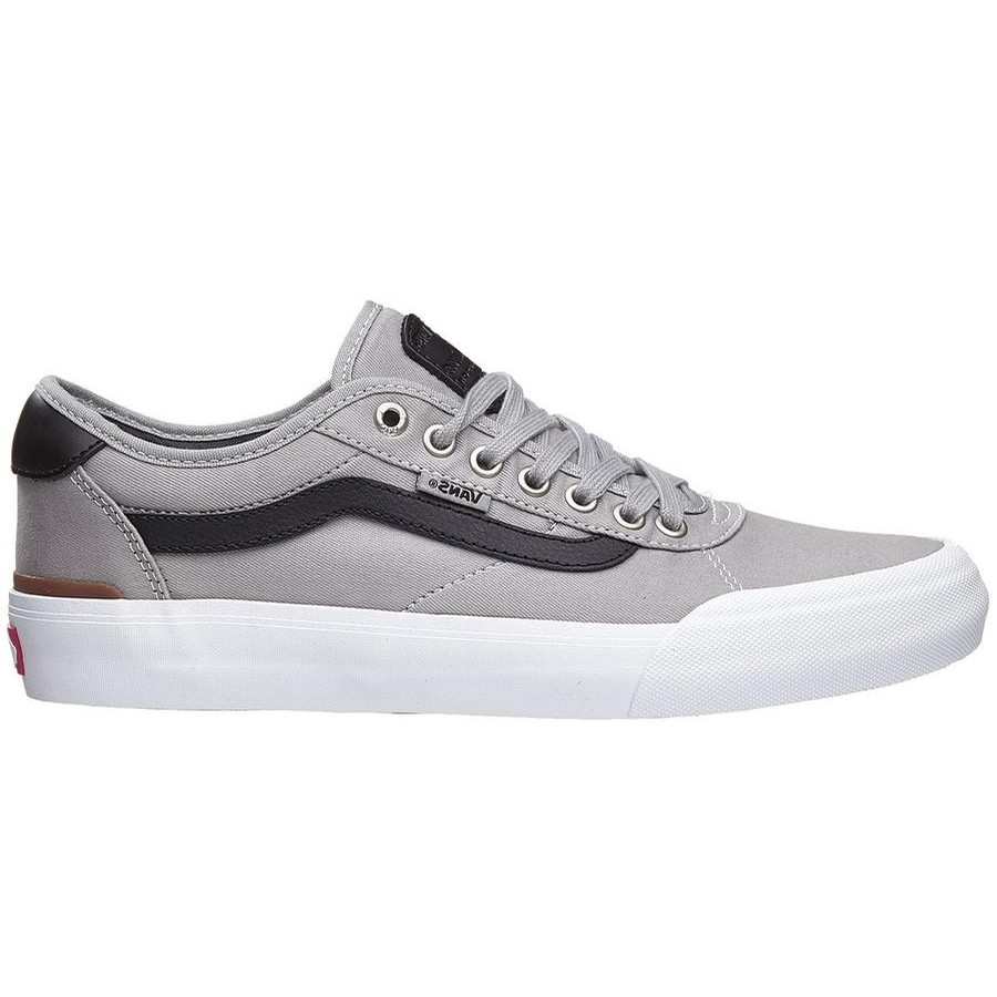 351decb4ce SHOES · YOUTH. Kids Chima Pro 2 (Drizzle Black White)
